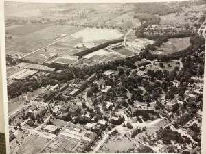 Munn Field aerial photo from 1940s