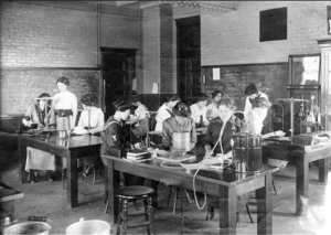 Women in Physics Lab c. 1915. Image courtesy of MSU Archives & Historical Collections