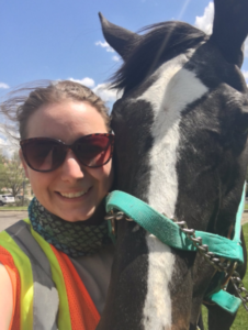 Autumn Painter got to meet a horse being treated by the MSU Large Animal Clinic.